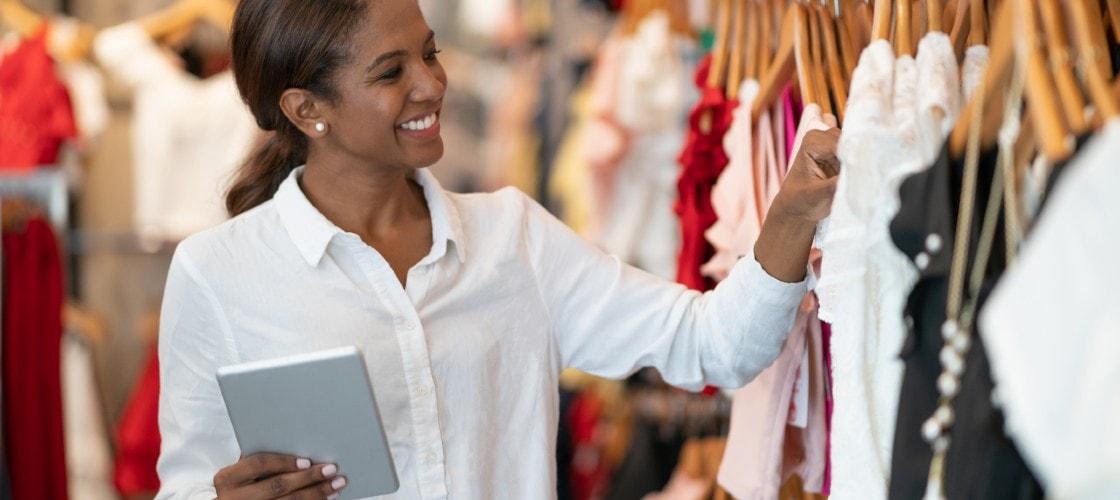 Comment simplifier le parcours client omnicanal et le déploiement de nouveaux services en magasin ?